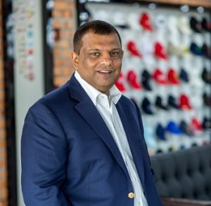 Tony Fernandes smiling towards camera